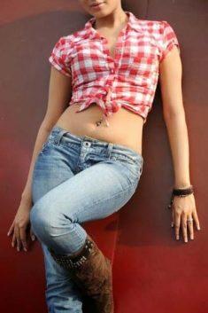 Delhi Escorts, Independent Claiming Sexy Girl @ Geeta Grewal