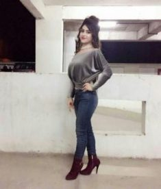 Call Now +91-9873131399,Everyone Guys And Gentlemen If You Are Searching Beautiful Busty Sexy Si ...