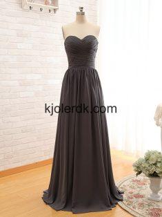 Den Lille Sorte kjole – Kjolerdk