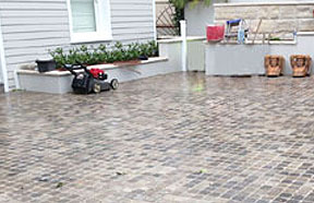 Pavers are a popular choice for pool surround. Their sleek and modern appearance will make a gre ...