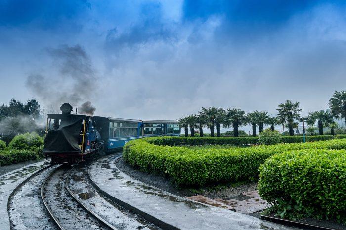 Darjeeling Tour Packages From Delhi, Darjeeling Tour From Siliguri, Darjeeling Tour From Kolkata ...