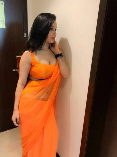 Call Girls In Janakpuri 8448334181 Escorts ServiCe In Delhi Ncr