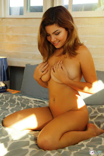 Spend Quality Night and Have Sexual Pleasure with Sexy Call Girls