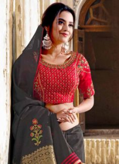 Buy Latest & Designer Embroidery Sarees Online